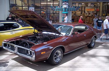 dodge charger 74 weinrot