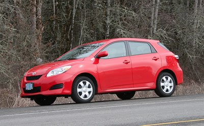 toyota matrix in rot