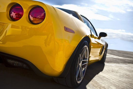 gelber-sportwagen